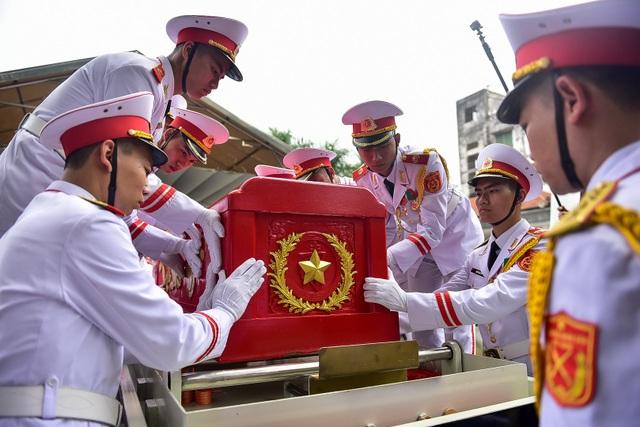 Hình ảnh Lễ truy điệu Trung tướng Đồng Sỹ Nguyên - 17