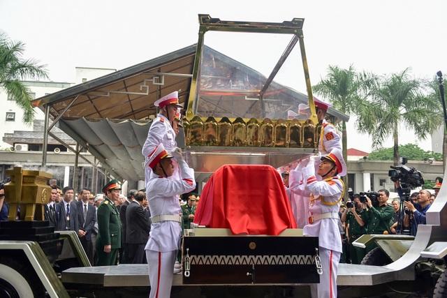 Hình ảnh Lễ truy điệu Trung tướng Đồng Sỹ Nguyên - 18