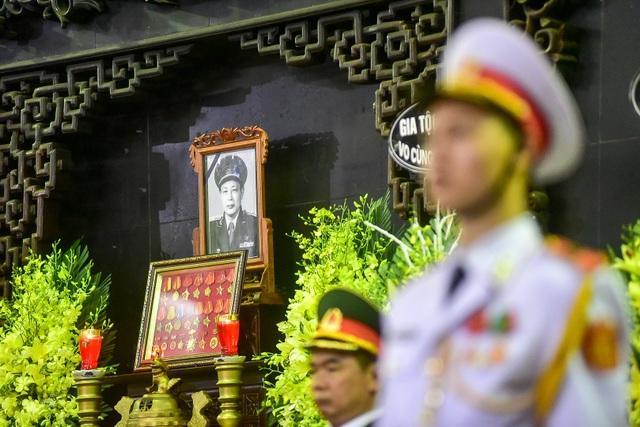 Hình ảnh Lễ truy điệu Trung tướng Đồng Sỹ Nguyên - 10