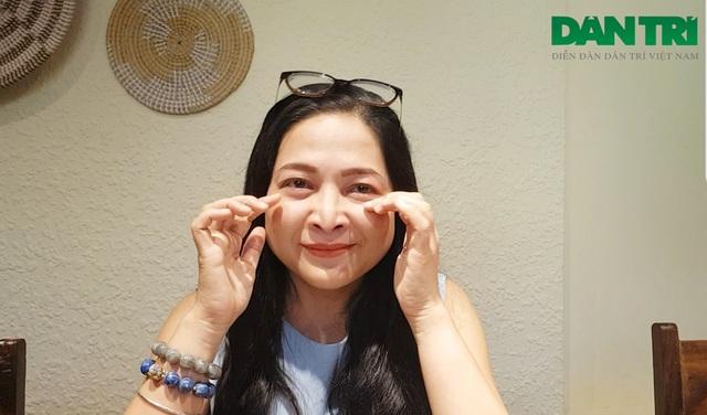 """MC Quỳnh Hương khóc nức nở khi chia tay """"Thay lời muốn nói"""" sau 19 năm - 4"""