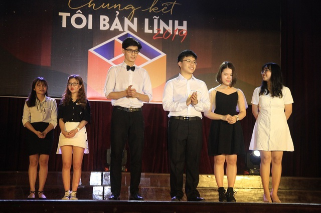 Nữ sinh ĐH Ngoại ngữ thắng cuộc thi hùng biện Tôi bản lĩnh - 1