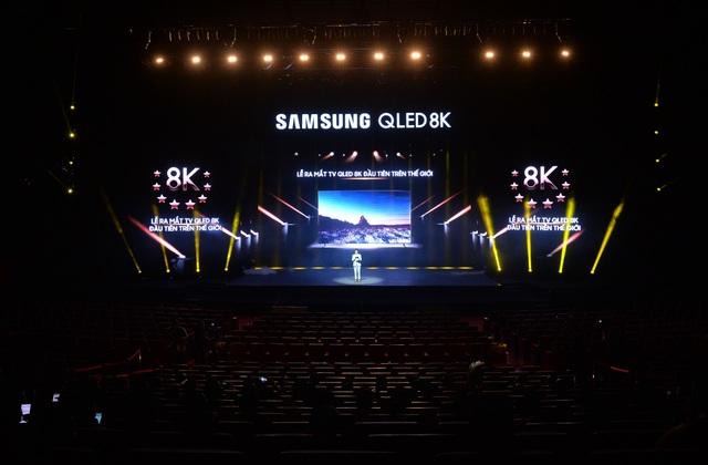 Samsung đưa TV QLED 8K về bán tại Việt Nam, giá 2,29 tỷ đồng - 1