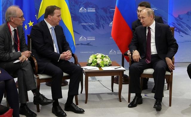 Phản ứng của ông Putin khi phiên dịch viên tự ý sửa lời - 1