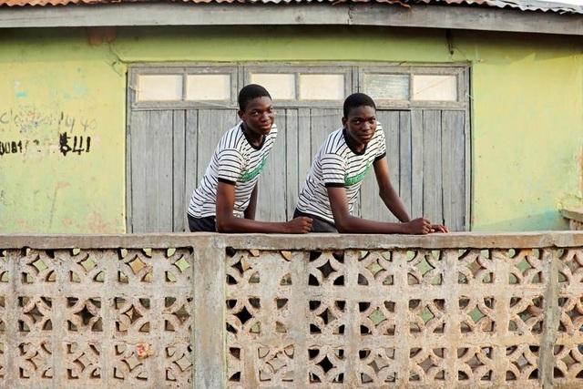 """Kỳ lạ thị trấn Nigeria được mệnh danh là """"thủ phủ sinh đôi của thế giới"""" - 2"""