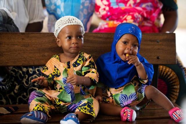 """Kỳ lạ thị trấn Nigeria được mệnh danh là """"thủ phủ sinh đôi của thế giới"""" - 10"""