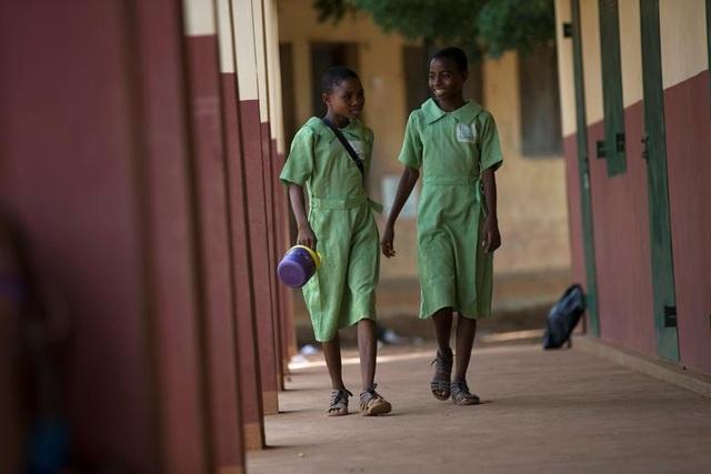 """Kỳ lạ thị trấn Nigeria được mệnh danh là """"thủ phủ sinh đôi của thế giới"""" - 11"""