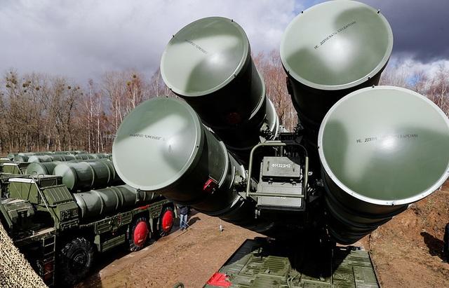 Bất chấp Mỹ cảnh báo, Thổ Nhĩ Kỳ tính mua thêm rồng lửa S-400 của Nga - 1