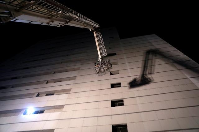 Hiện trường vụ cháy trung tâm thương mại Thái Lan khiến ít nhất 3 người chết - 6