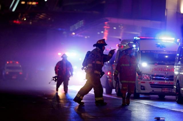 Hiện trường vụ cháy trung tâm thương mại Thái Lan khiến ít nhất 3 người chết - 9