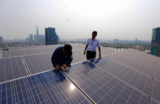 """Tiền điện của người dân TPHCM sẽ đạt """"đỉnh"""" trong mùa nắng nóng - 2"""