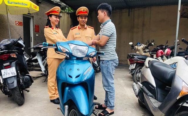 Từ Lạng Sơn xuống Hà Nội nhận lại xe bị trộm 4 năm trước - 1