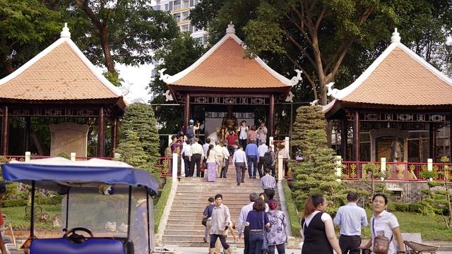 Cùng ngắm Quảng trường Vua Hùng mới, chuẩn bị mở cửa trong ngày Giỗ Tổ - 1
