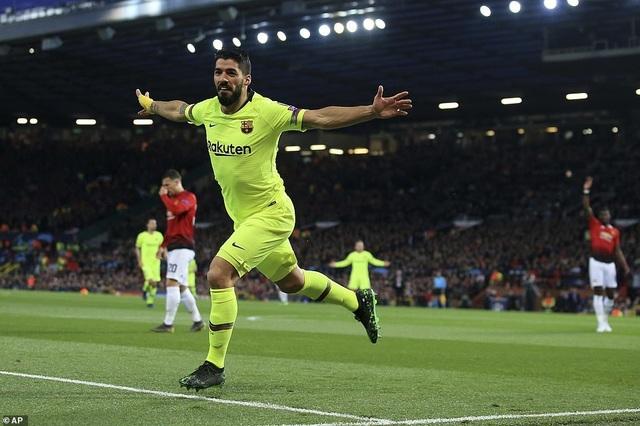 Những khoảnh khắc Barcelona hạ gục Man Utd ở Old Trafford - 5