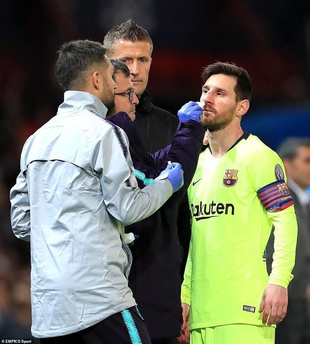 Những khoảnh khắc Barcelona hạ gục Man Utd ở Old Trafford - 8