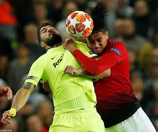 Những khoảnh khắc Barcelona hạ gục Man Utd ở Old Trafford - 11