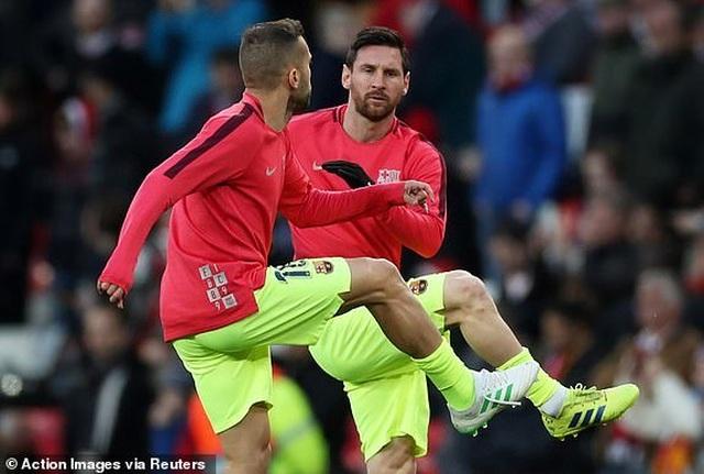 Man Utd 0-1 Barcelona: Luke Shaw phản lưới nhà - 23