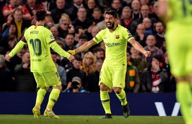 Man Utd 0-1 Barcelona: Luke Shaw phản lưới nhà - 10