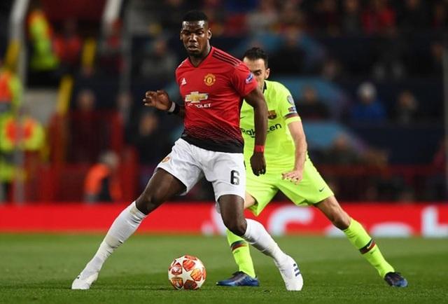 Man Utd 0-1 Barcelona: Luke Shaw phản lưới nhà - 15