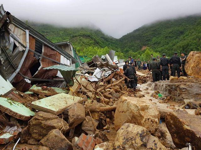 Vì sao có tình trạng xây nhà tràn lan trên núi ở Nha Trang? - 1