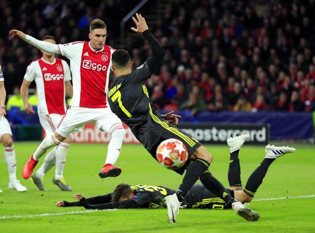 C.Ronaldo lập công, Juventus chật vật cầm hòa Ajax - 1