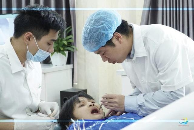 Cấy ghép implant All on 4: Giải pháp cho người mất răng toàn hàm - 2