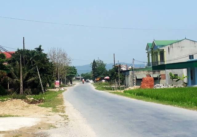 Hàng loạt công trình mọc trên đất quy hoạch đường cao tốc Bắc Nam - 2