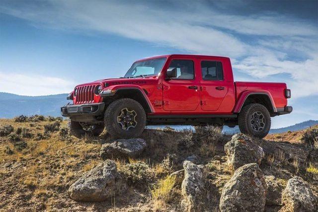Sự khởi đầu hoàn hảo của Jeep Gladiator - 1