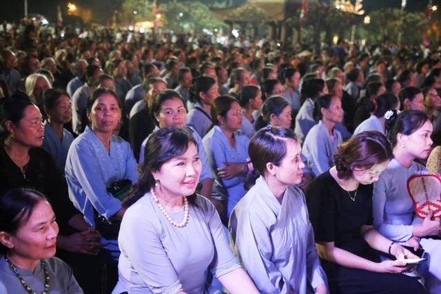 Cố đô Hoa Lư lung linh trong đêm hội hoa đăng cầu quốc thái dân an - 3