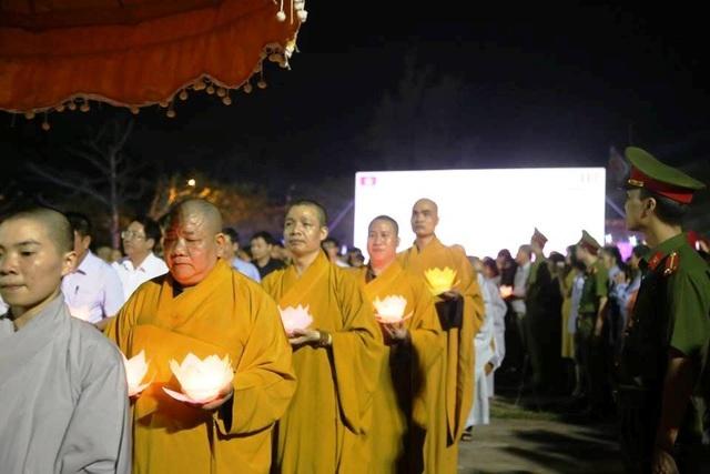 Cố đô Hoa Lư lung linh trong đêm hội hoa đăng cầu quốc thái dân an - 8