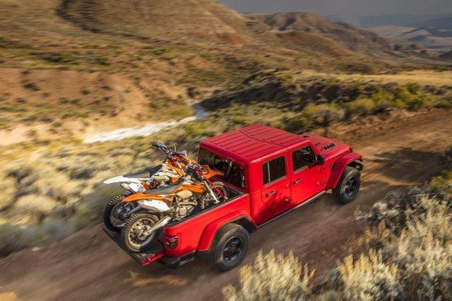 Sự khởi đầu hoàn hảo của Jeep Gladiator - 2