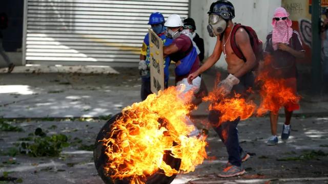 """Nga """"tố"""" Mỹ kích động khủng hoảng, gây thiệt hại hàng trăm tỷ USD cho Venezuela - 2"""