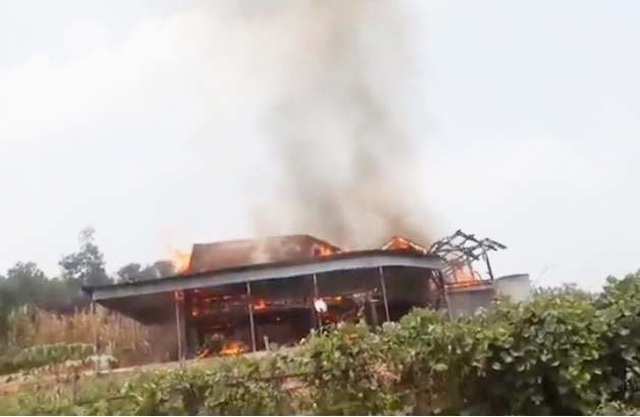 Phát hiện một người tử vong sau đám cháy nhà dữ dội - 1