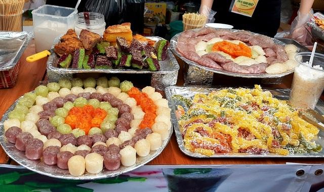 Về Cần Thơ thưởng thức hàng trăm loại bánh ngon  - 3