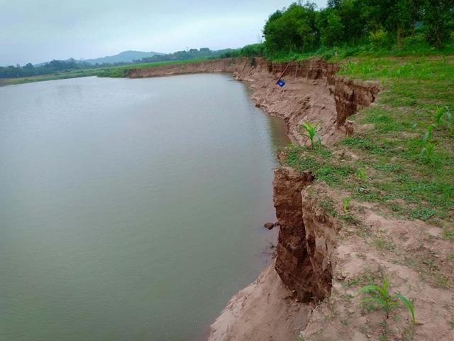 Sông Mã sạt lở nghiêm trọng, dân bức xúc, chính quyền đau đầu - 2