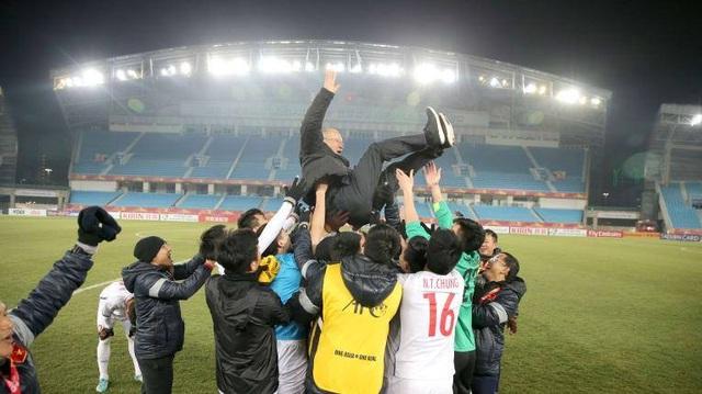 """HLV Park Hang Seo: """"Bóng đá Việt Nam sẽ là số 1 Đông Nam Á trong 2 năm tới"""" - 4"""