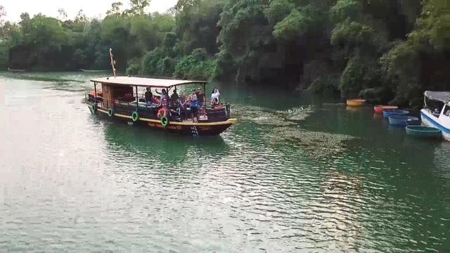 Trải nghiệm du thuyền giữa lòng di sản Phong Nha,tham quan các làng nghề - 2