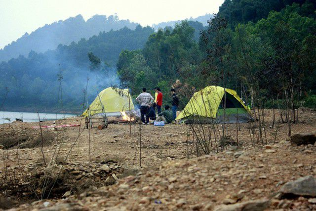 Khám phá 4 điểm cắm trại tuyệt đẹp ngay giữa Hà Nội trong dịp nghỉ lễ - 9