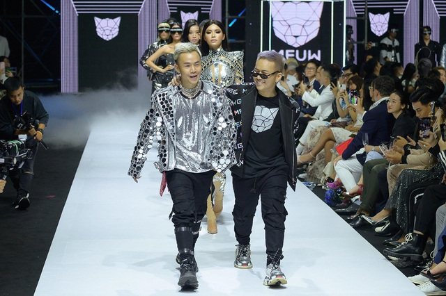 Minh Tú mở màn Aquafina VIFW, bộ ba Thanh Hằng - Quang Đại - Hoàng Thùy công phá thảm đỏ - 12