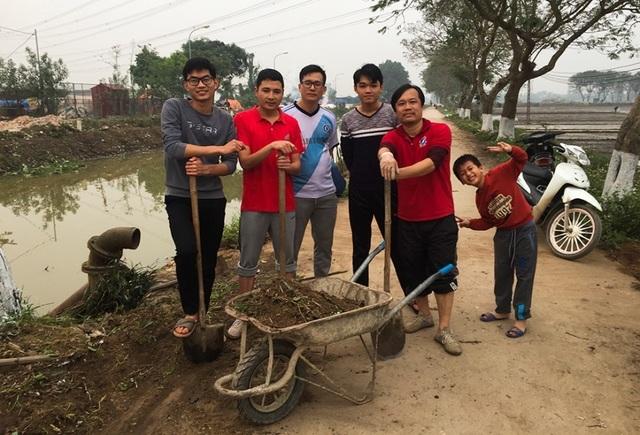 Kênh ngập rác thải biến thành đường hoa ở Hà Nội - 8