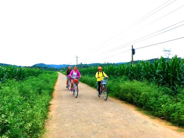 Trải nghiệm du thuyền giữa lòng di sản Phong Nha,tham quan các làng nghề - 9