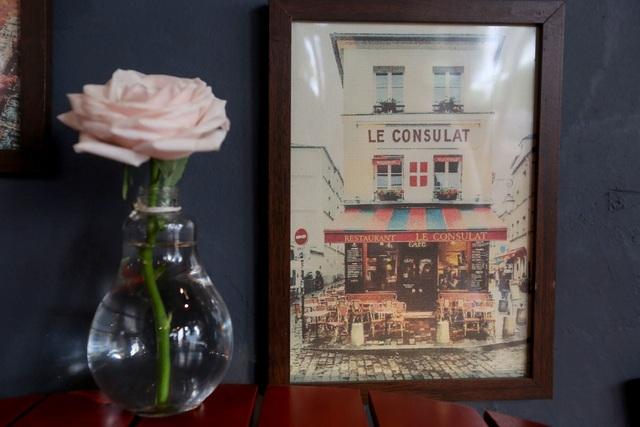 Quán cà phê hè phố theo phong cách Pháp ở Sài Gòn - 13