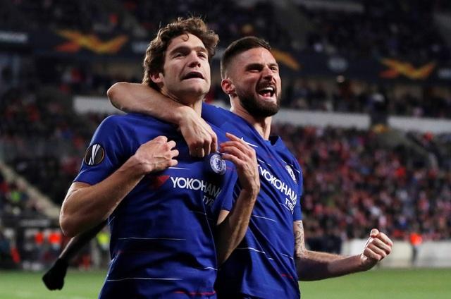 Arsenal vượt qua Napoli, Chelsea thắng nhọc ở tứ kết Europa League - 2