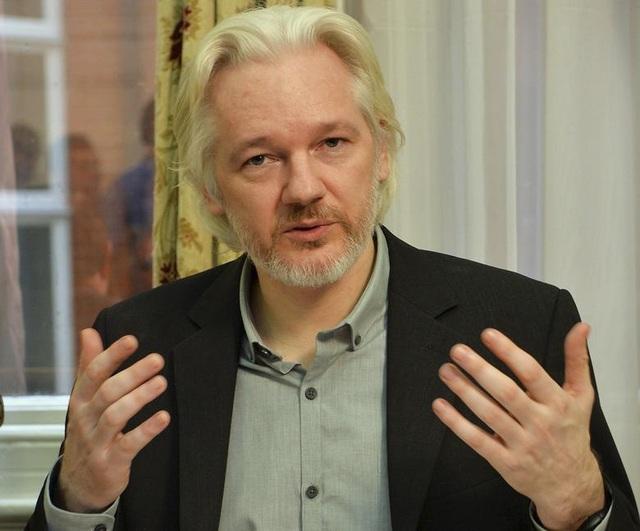 """7 năm ròng """"tá túc"""" trong Đại sứ quán Ecuador tại Anh của ông chủ WikiLeaks - 2"""