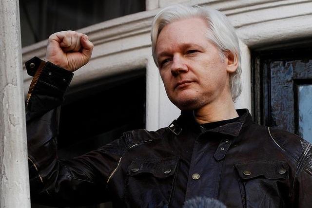 """7 năm ròng """"tá túc"""" trong Đại sứ quán Ecuador tại Anh của ông chủ WikiLeaks - 6"""