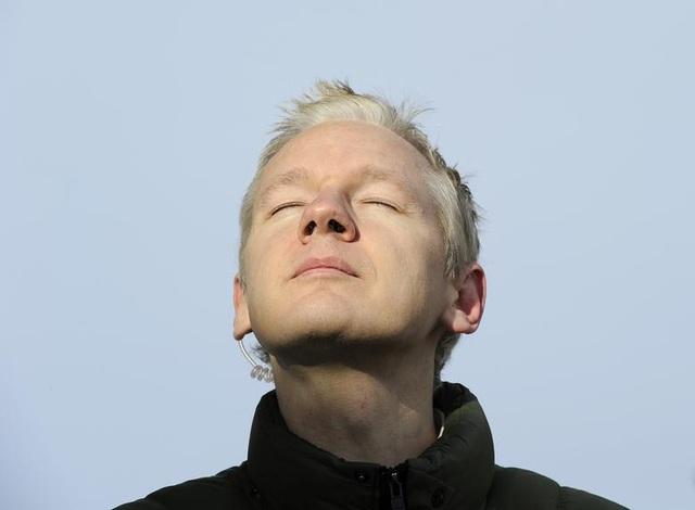 """7 năm ròng """"tá túc"""" trong Đại sứ quán Ecuador tại Anh của ông chủ WikiLeaks - 5"""