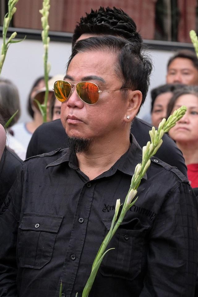 Phương Thanh, Minh Nhí, Trịnh Kim Chi… nghẹn ngào tiễn biệt nghệ sĩ Anh Vũ - 15
