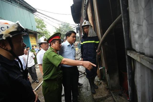Cháy dữ dội khu nhà xưởng ở Hà Nội, ít nhất 8 người chết và mất tích - 2