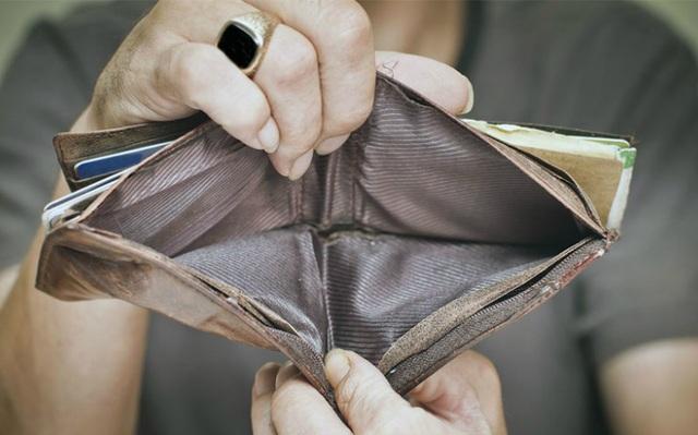 4 sai lầm tiền bạc thường thấy khiến bạn mãi không giàu - 1
