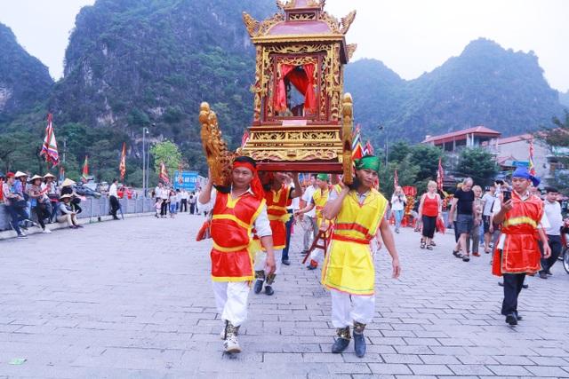 Nét độc đáo của lễ hội Hoa Lư di sản văn hóa phi vật thể quốc gia - 9