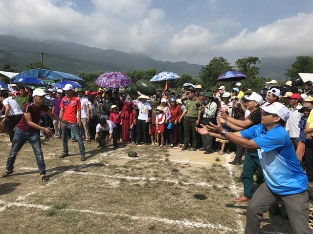 Quảng Ngãi:  Độc đáo lễ hội dưa hấu Bình Sơn - 2